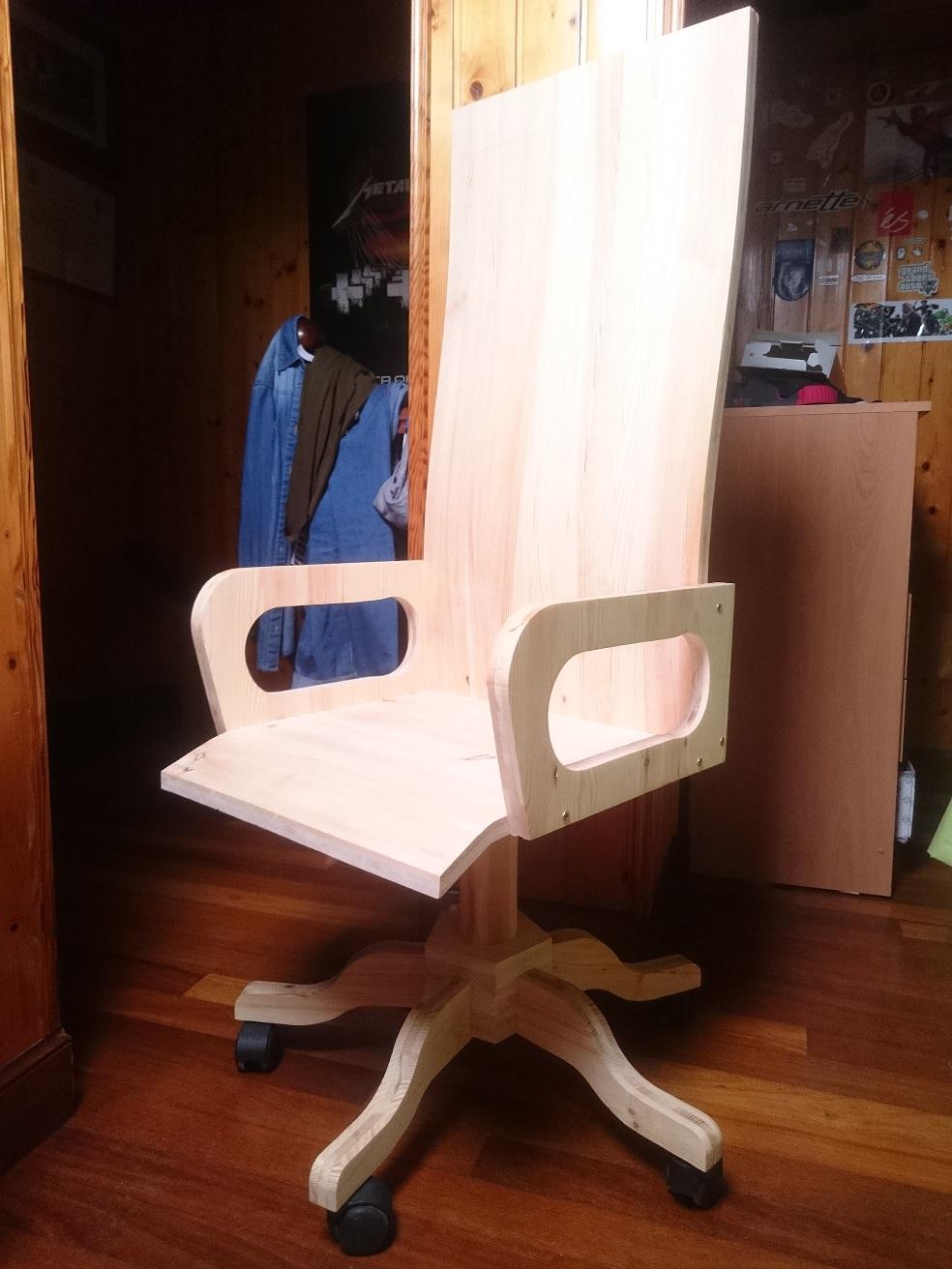 silla de oficina de madera